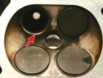 Замена направляющих втулок клапанов приоры
